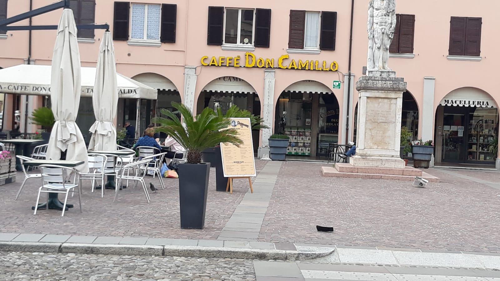 Brescello, piazza